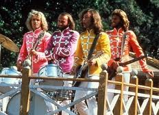 Beegees_sgt_pepper