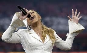 Beyonce_at_superbowlXXXVIII