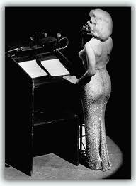 Marilyn_happy_birthday