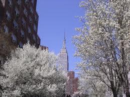 Springtime_empirestatebldg