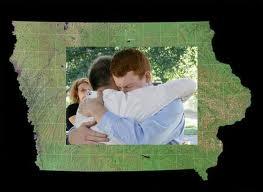 Iowa_samesex_marriage_towleroad