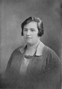 Portrait_of_Helen_Duncan