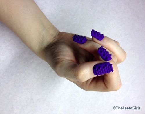 Laser-Girls-3D-printed-nails-6