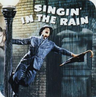 Singing-in-the-rain-gene-kelly