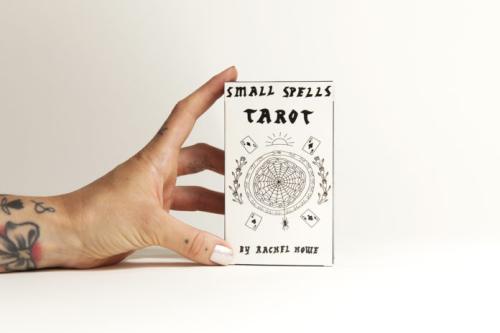 Small spells tarot