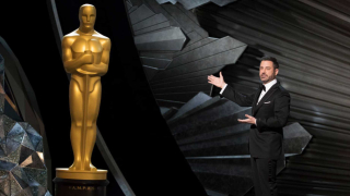 Jimmy kimmel and oscar statue