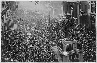 Armistice day in new york nov 11 1918