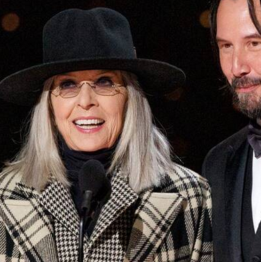 2020 oscars_diane keaton and keanu reaves