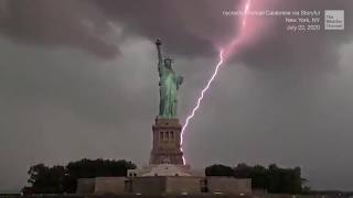 LIGHTNING_STRIKES_NEAR_STATUE_OF_LIBERTY_DURING_SEVERE_NYC_STORMS_WeatherChannel