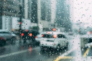 Wet-driving-conditions-rain-rainy